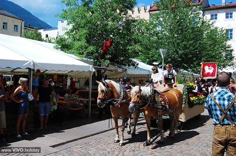Festa del centro storico altstadtfest a bressanone for Hotel a bressanone centro storico
